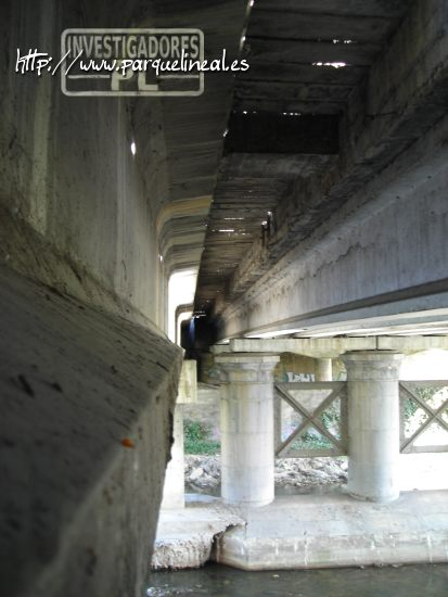 parte inferior del puente de aranjuez