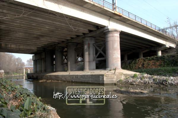 puente del tren de aranjuez sobre el río manzanares